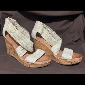 Size 9- Summer wedges